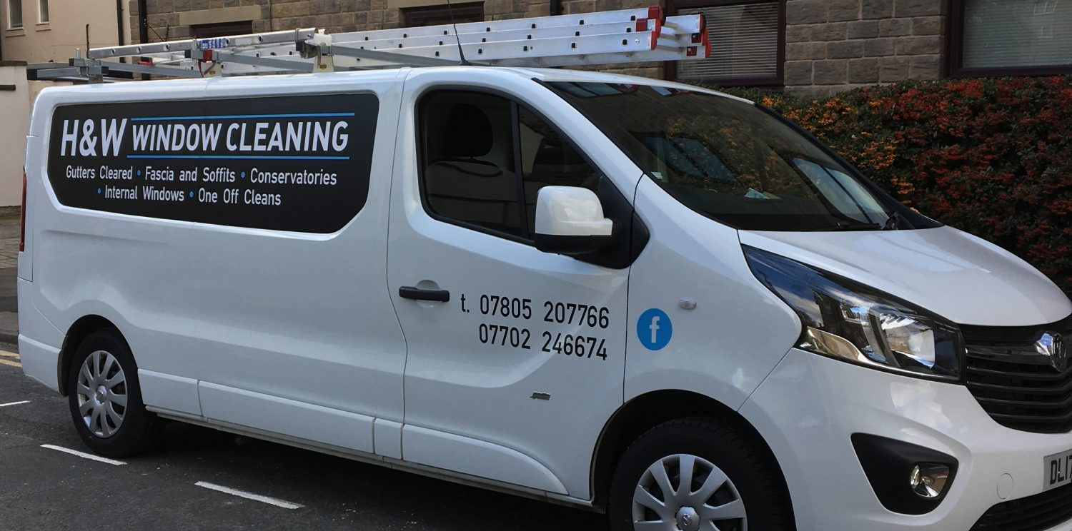Harrogate-Wetherby-window-cleaners-window-cleaning